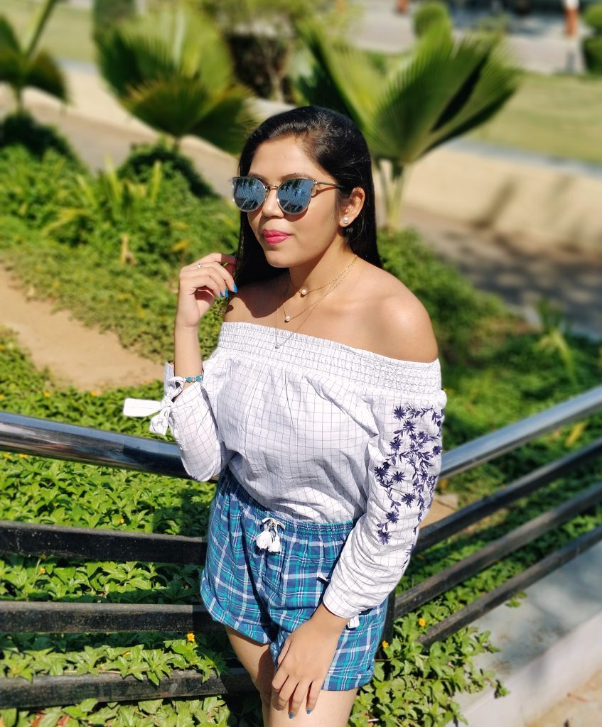 off shoulder top with shorts styling shorts like a rpro